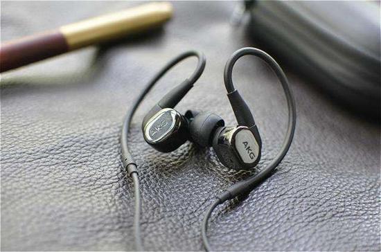 京东618,抢AKG N5005蓝牙耳机才叫有眼光!