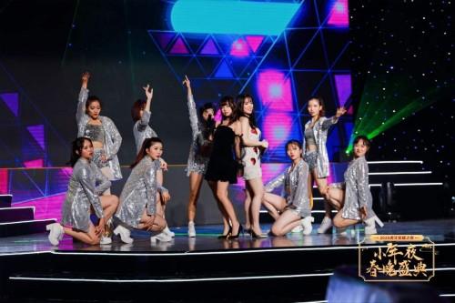经典粤语歌《处处吻》被主播翻唱,网友炸了:别毁经典!
